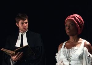 Tetchena Bellange, à droite, campe le rôle de Marie-Josèphe-Angélique dans le film documentaire Les Mains Noires dont elle est aussi la réalisatrice.