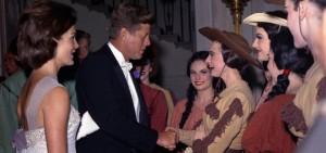 Kennedy en 1962 en Cote Ivoire pièce Billy the Kid (3)