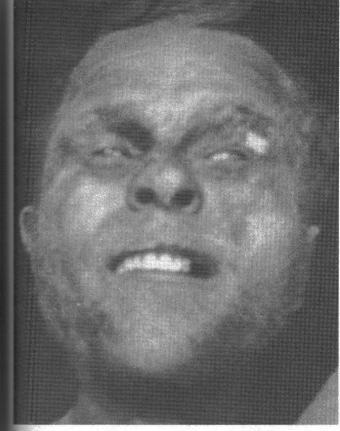 Cette photo du corps de celui qu'on appelle Albert Johnson a été prise à Aklavik après la fusillade du 17 février 1932. Malgré cela, son identité demeure toujours un mystère complet.