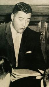 """Me Jean Bienvenue lors du procès de Léopold Dion, aussi surnommé le """"monstre de Pont-Rouge"""", en 1963."""