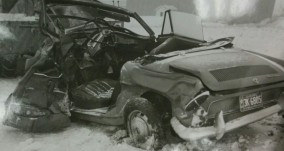 Voiture de marque Renault appartenant à la victime de la collision du 13 décembre 1965.