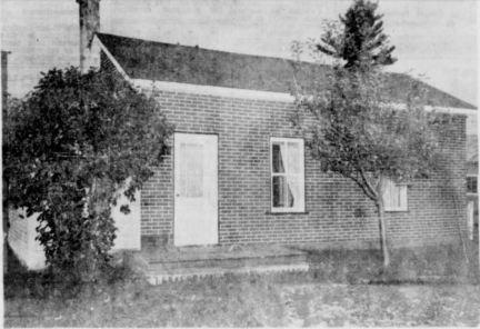 Maison de la victime à Saint-Nicéphore, Philippe Raymond, tué en 1961.